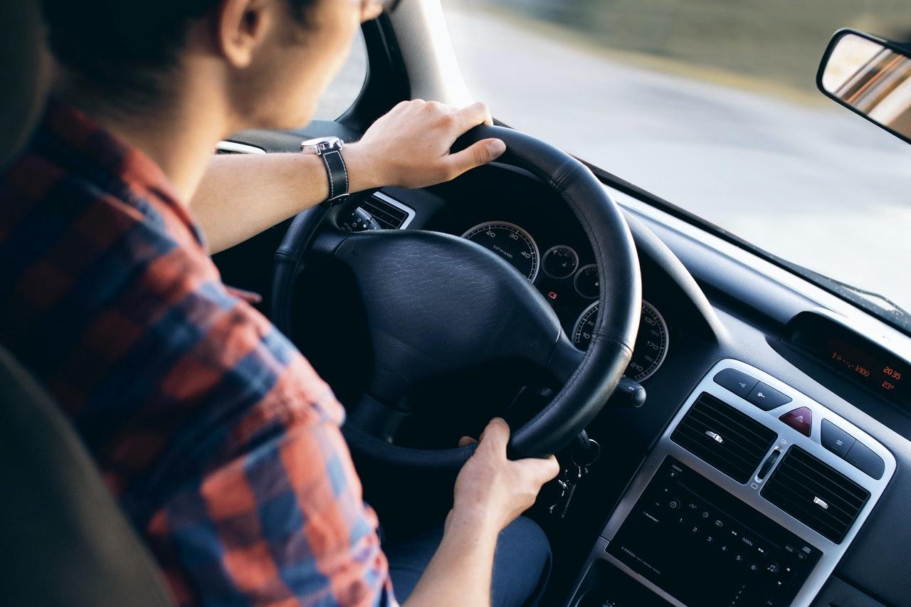 prowadzenie auta
